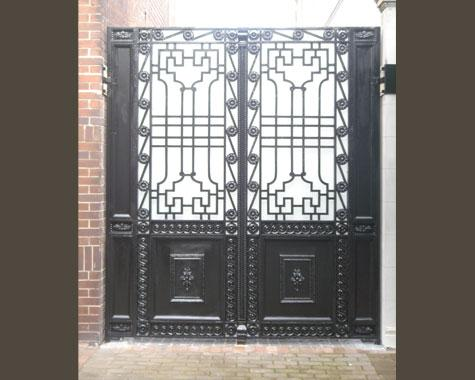 Empire Gate - installed - Casting - Wrought Artworks - Iron work Australia