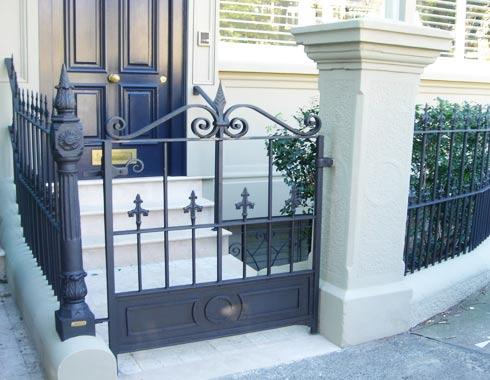 Victorian Terrace house gate - Victorian Palisades - Wrought Artworks - Iron work Australia